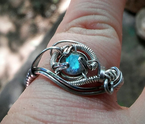 Size 7 faceted labradorite ring