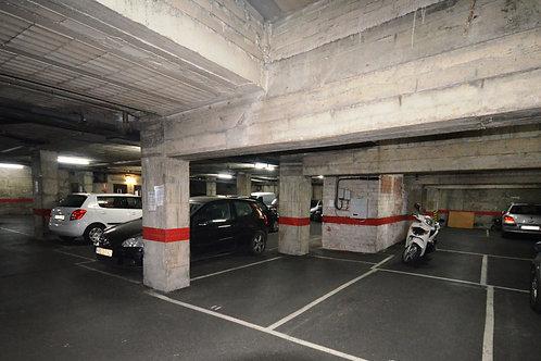 Parking en Girona, Calle Creu