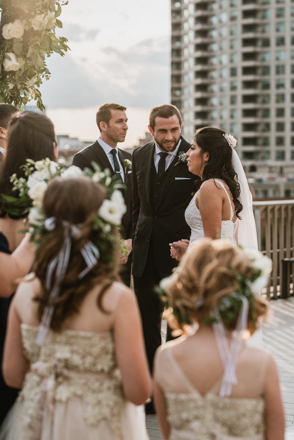 East Bank Club Rooftop Wedding in Chicago, IL