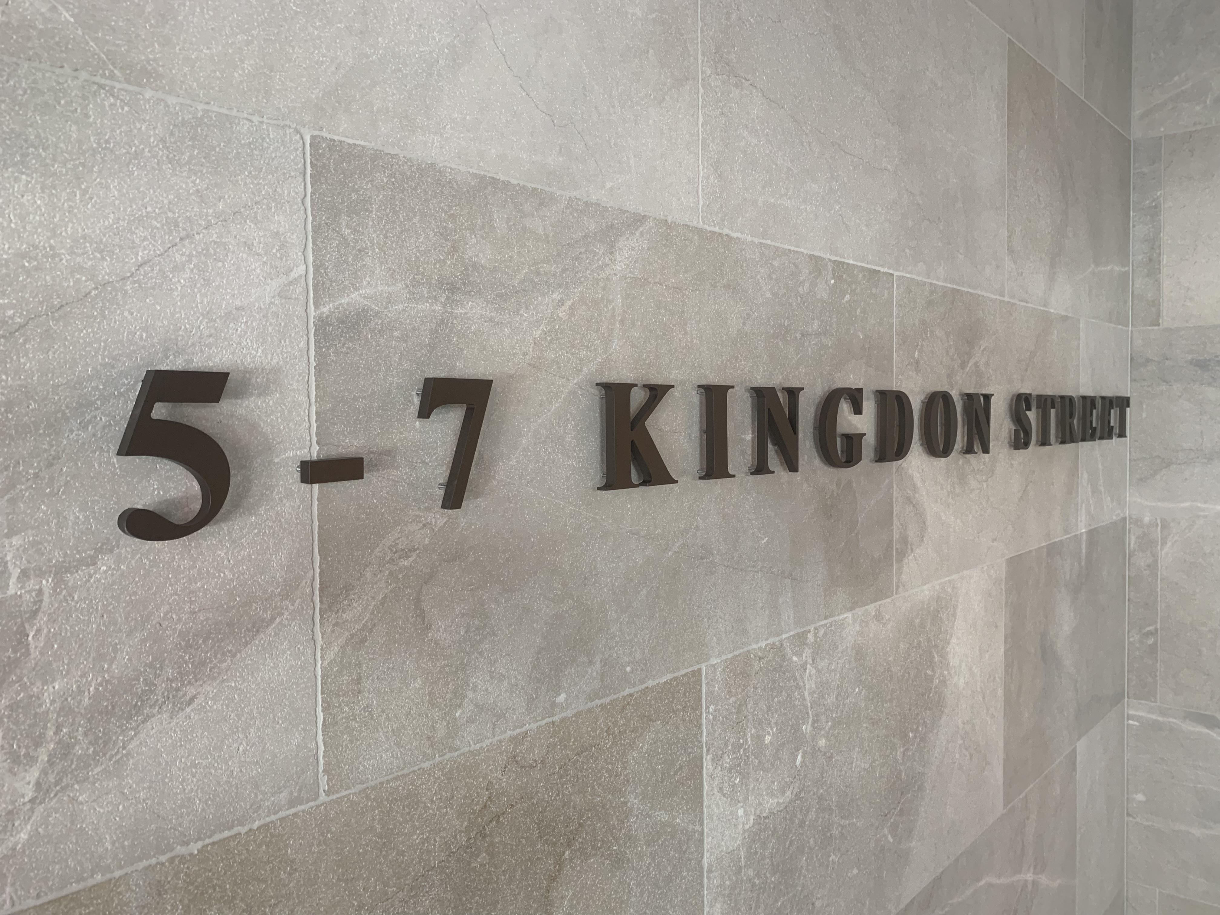 Kingdon St 3D letters