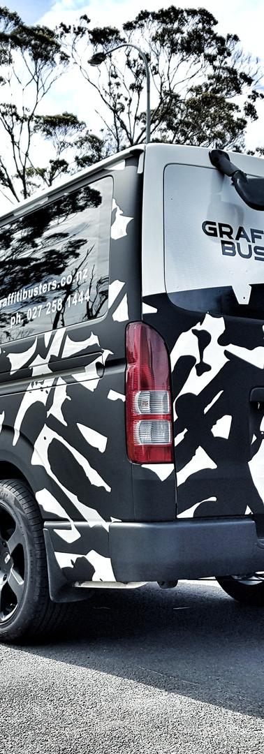 Graffitti Busters Back