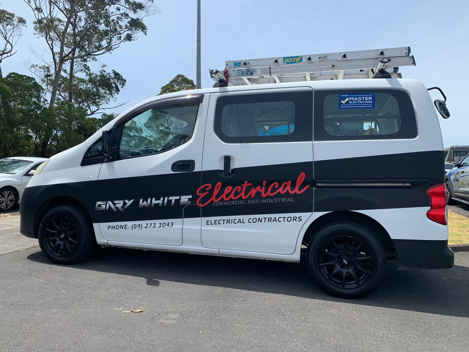Gary White Electrical Van