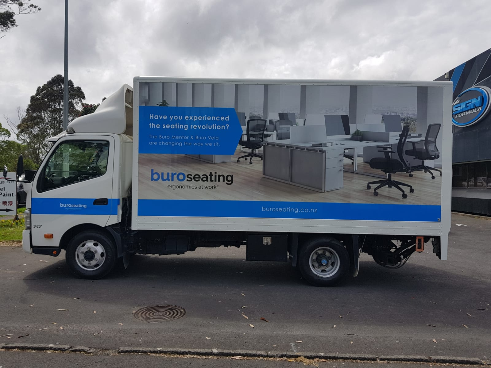 Buro Seating Truck