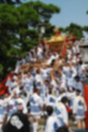 住吉大社 新造神輿の反り橋渡り