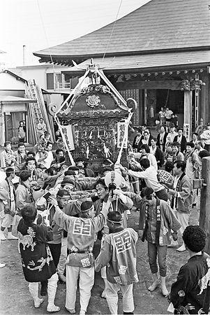 昭和55年の平塚市 前鳥神社神輿 北向観音堂