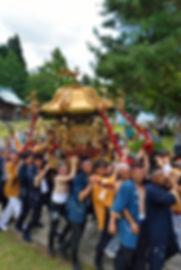 新潟県十日町市辰甲 諏訪神社 神輿