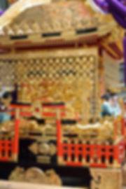 群馬県藤岡市藤岡 諏訪神社 神輿 龍が絡む勾欄