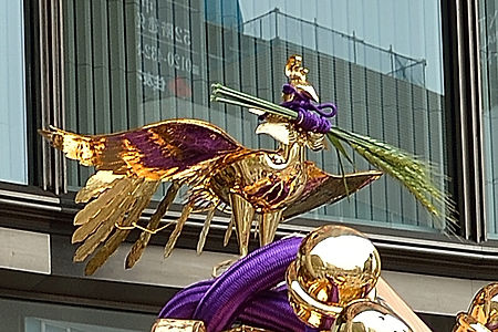 群馬県藤岡市藤岡 諏訪神社 神輿 修復された鳳凰