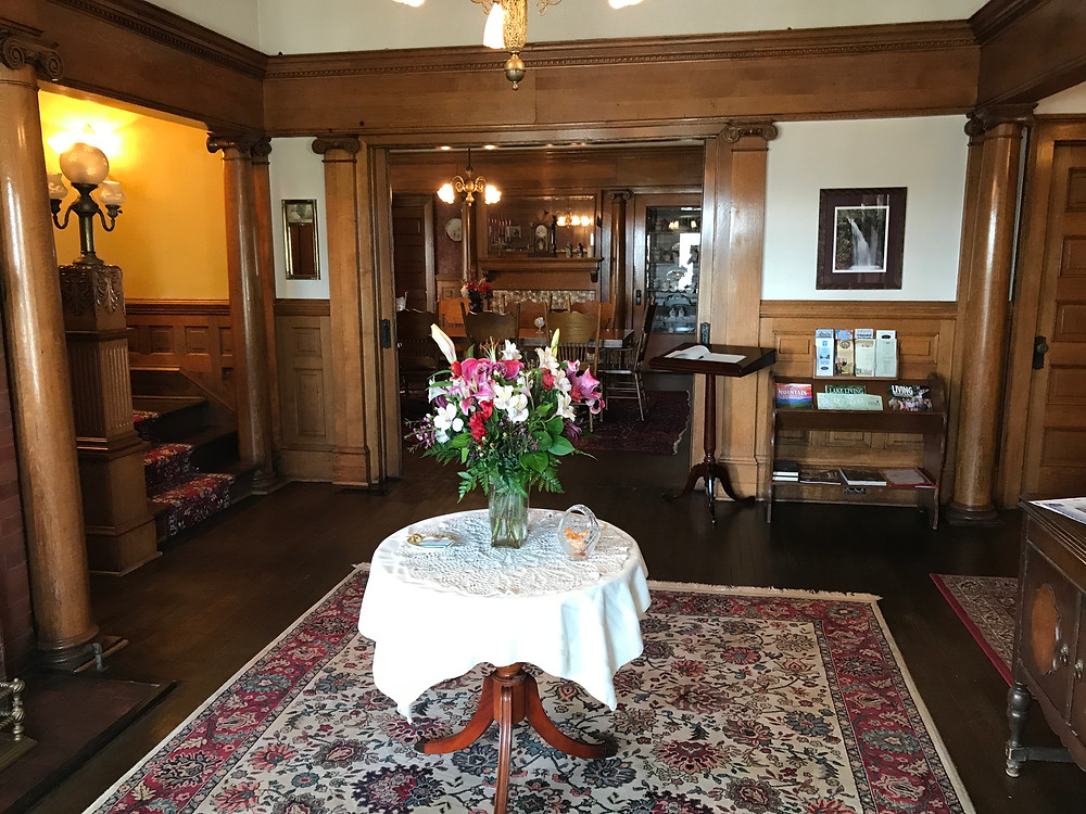 Foyer of Simmons-Bond house with fresh flowers