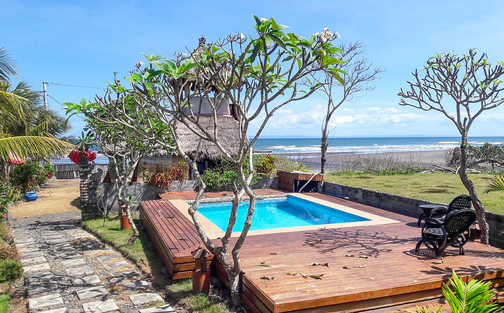 Bali Tiger hotel for surfers in Medewi
