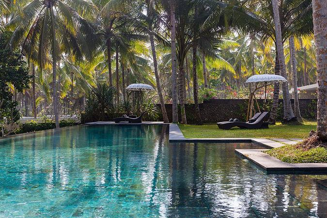 Kelapa-Retreat-Infinity-pool.jpg