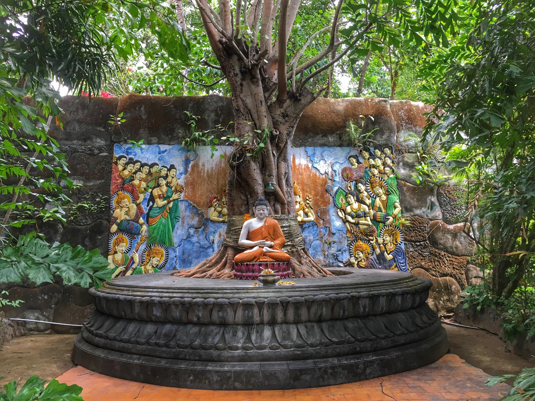 Brahma Vihara Arama Buddhist temple-2