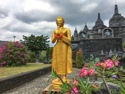 Brahma Vihara Arama Buddhist temple-8