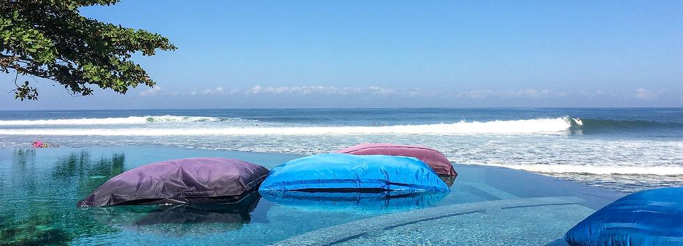 Where to stay hotel for surfers Medewi
