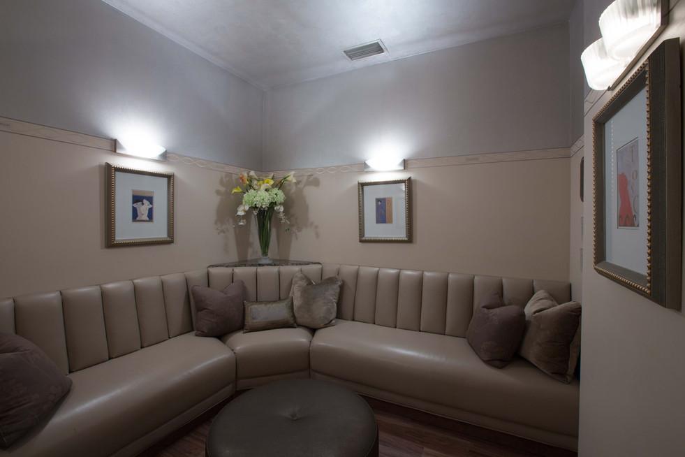 Interior 10543_.jpg