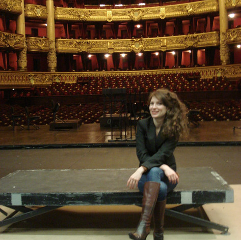 Sur la scene de l'Opéra Garnier