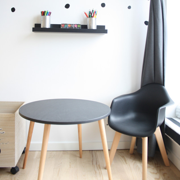 child table and chair