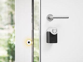 Nuki /smart lock opening door