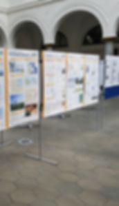 Seminarausstattung, Moderationstafeln, Flipcharts, Whiteboards, Moderationskoffer und Pinnwände