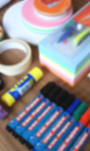 Zubehör für Seminarausstattung Moderationspapier, Flipchartblöcke, Whiteboardstifte und Pinnwandnadeln
