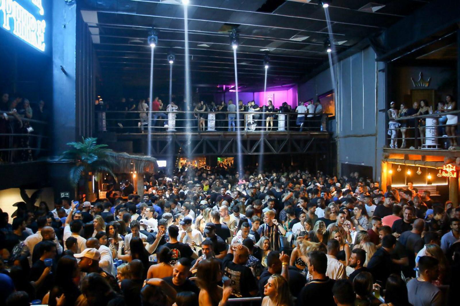021 Hall - Barra da Tijuca RJ.jpg