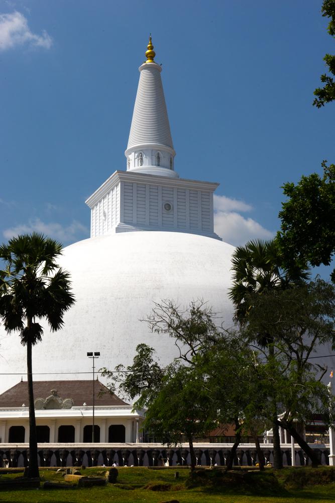 Anuradhapura._Sri_Lanka._©Lisa_Boniface-12