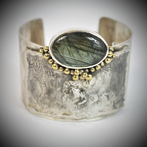 Reticulated Sterling Bracelet with Labradorite