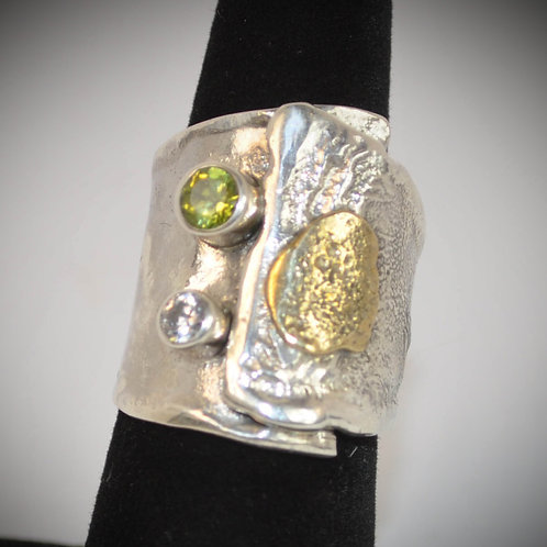Reticulated Silver Ring, Peridot and Clear stones
