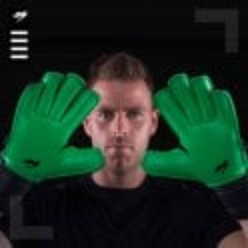 KA Goalkeeping Breakout Roll Finger (emerald coloured palm)