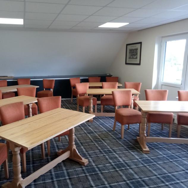 Committee Room 20 seats
