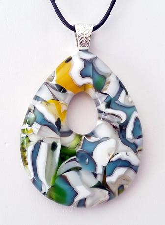 Teardrop pendant by Lisa Fairbank, Firelight Art Glass