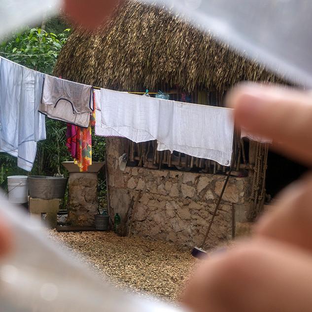 Peeking into other life, Mexico