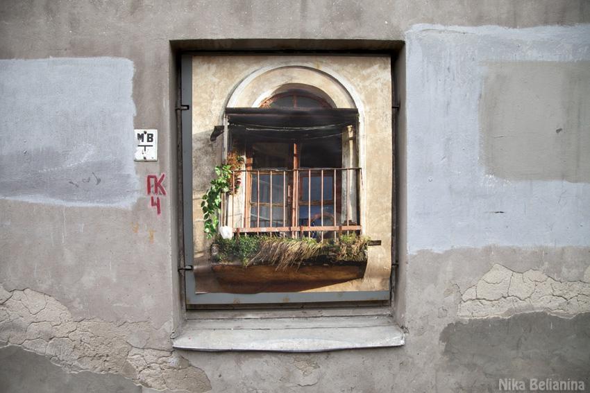 Fake window 1
