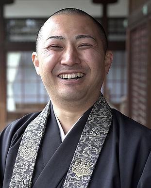 東光寺中村直哉師_s.jpg