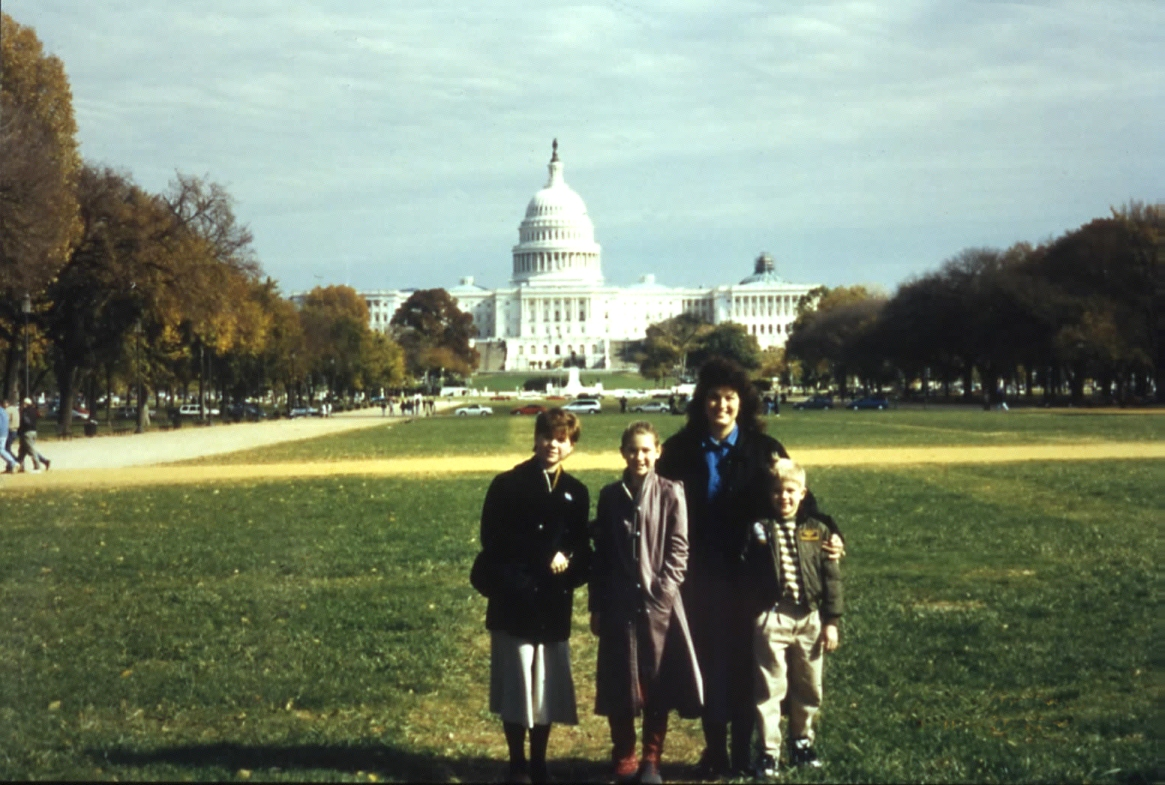 Family on Capitol Mall-Nov 1 '96