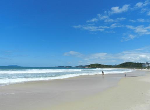 As praias de Bombinhas estão liberadas.