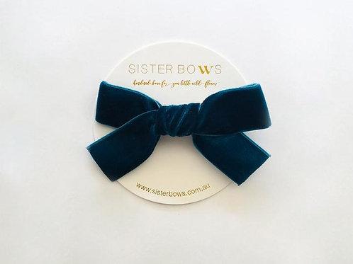 SISTER BOWS VELVET BOW CLIP SAGE