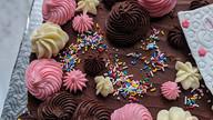 Let's celebrate the nurses #customcake #