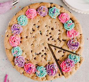 giant-cookie-3-of-12_edited.jpg
