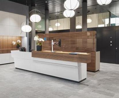 Desk (2).JPG