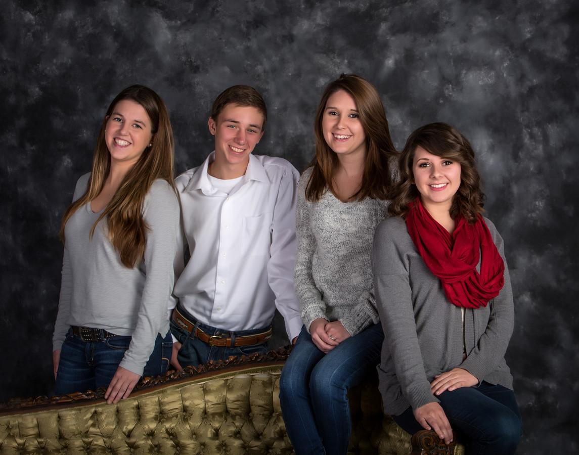 Knox Studio Family Portriat