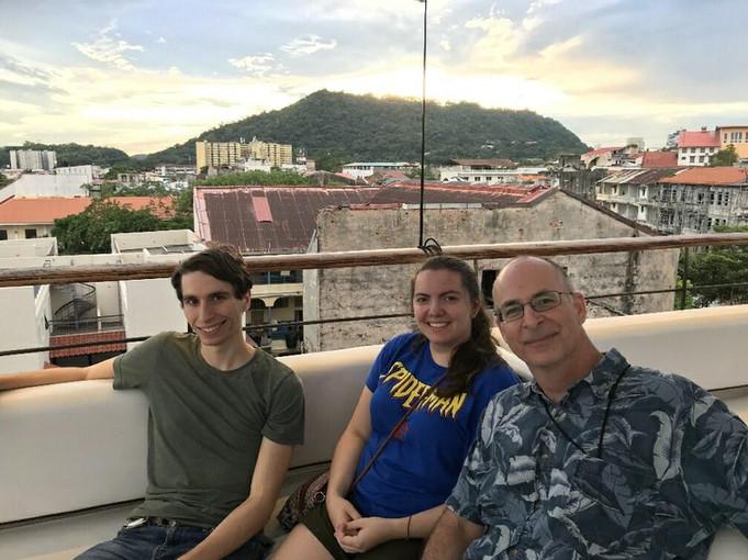 Derek, Rose, & Dr. Taylor in Panamá City 2019