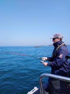 Moniteur guide de pêche sur Saint-Malo
