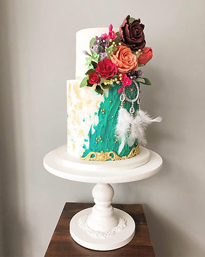 White pedestal wedding cake stand for hire