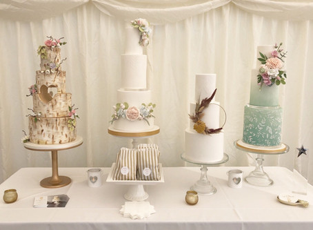 Which Wedding Cake Style is Right For You