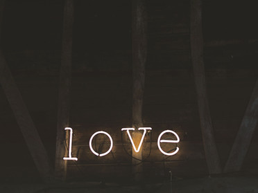 《愛自己,是給予自己和摯愛們一份最好的禮物》