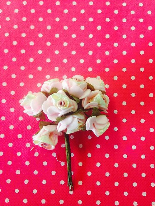Rozo - bijele ružice