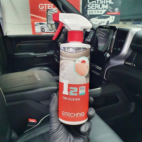 GTechniq I2 Tri-Clean - Available in 3 sizes: 250ML - 500ML - 1 Liter
