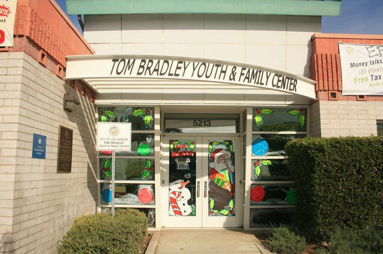 Heraldnet Excellent Teen Center Needs 65