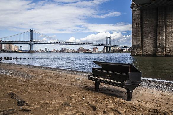 piano-in-manhattan-nyc.jpg